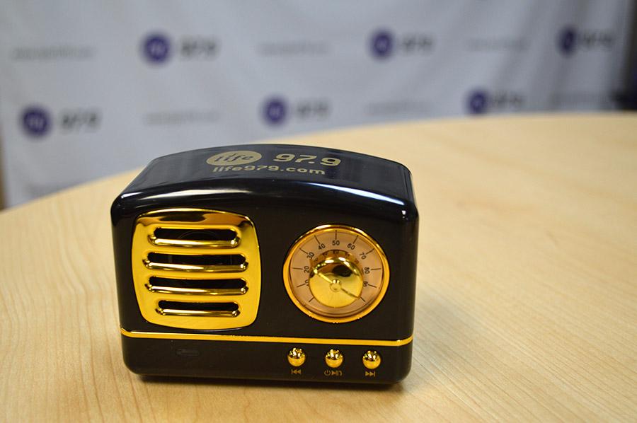 Antique Radio Bluetooth Speaker